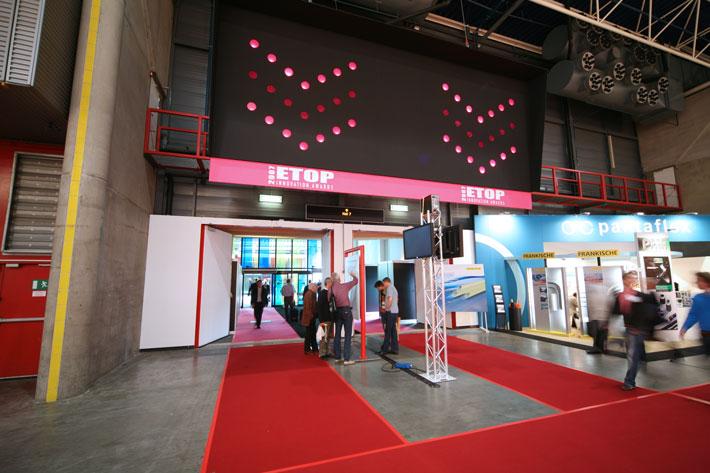 Horizon Creative Elektrotechniek 2007 signing